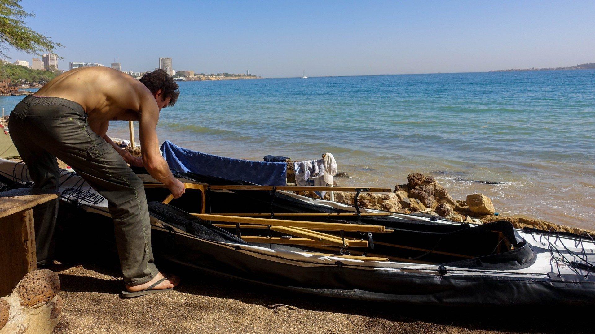 montage-kayak-nautiraid-plage