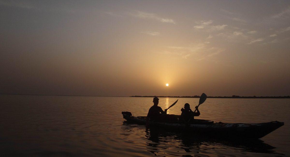 Kayak Nautiraid sur la mer - couché de soleil