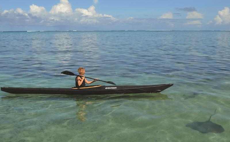 Kayak pliant Nautiraid Narak 550 sur la mer