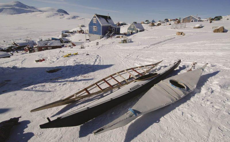 Kayak pliant Nautiraid Narak 550 sur la neige démonté