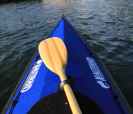 Kayak pliant Narak 460 en navigation